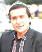 Ejdatlirini xatirlitidighan Uyghur erkekliri